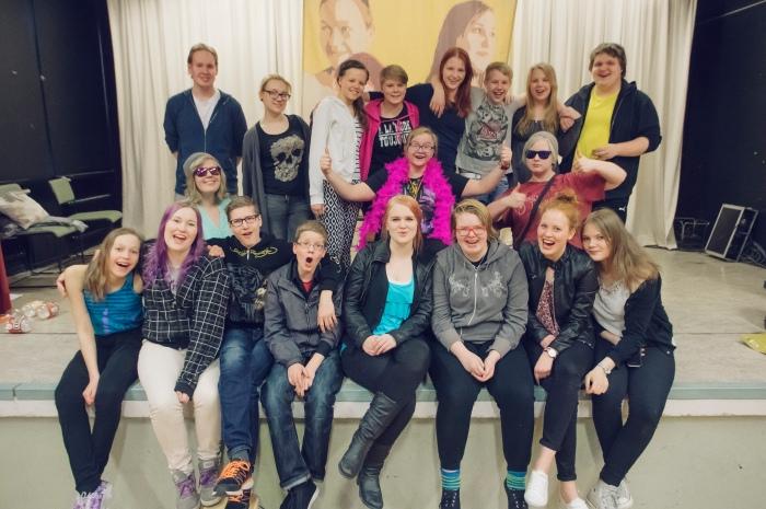 Karoliina Kauhanen Pilke-teatteri Elämäni Someistus